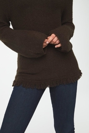 beachlunchlounge Sedona Turtleneck Sweater - Back cropped