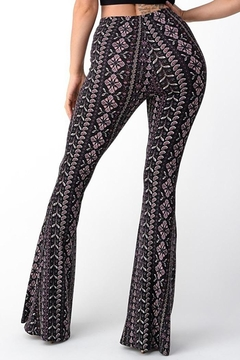 Bear Dance Printed Fitted Pants With Wide Legs And Elastic Waist - Alternate List Image