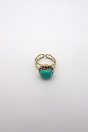 Beaucoup Designs Edith Ring - Side cropped