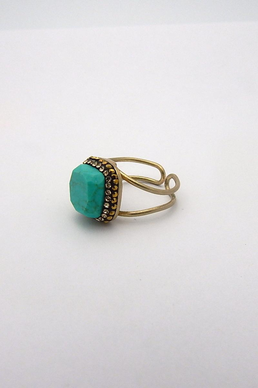 Beaucoup Designs Edith Ring - Front Full Image