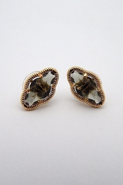 Beaucoup Designs Lily Gold Earrings - Front cropped