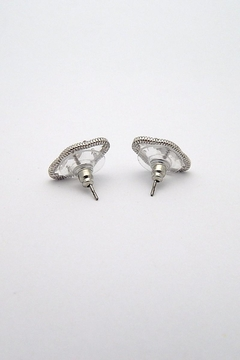 Beaucoup Designs Lily Silver Earrings - Alternate List Image