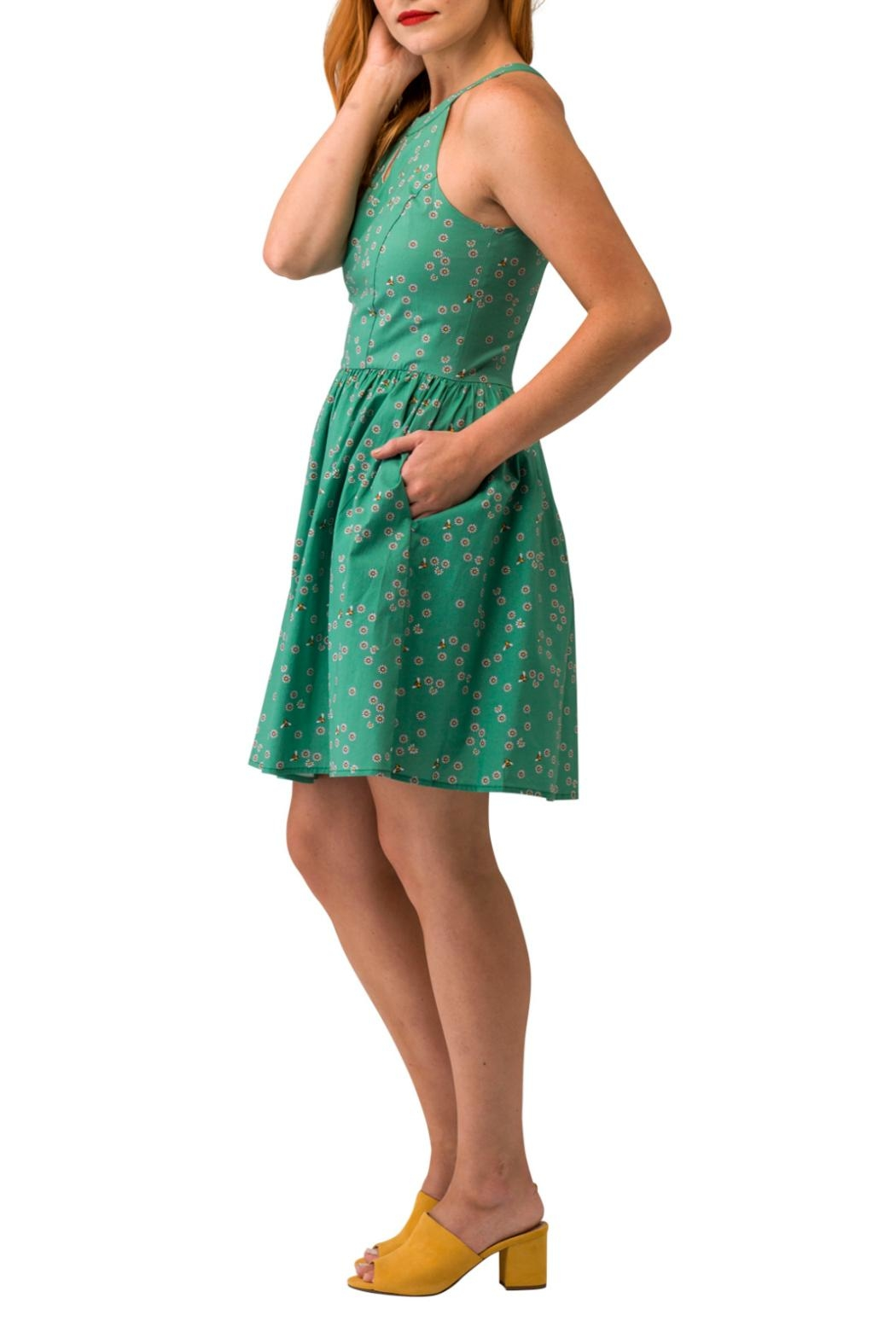 Smak Parlour Bee & Daisy Dress - Front Full Image