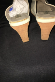 Anne Klein Beige Color Leather Wedge Mule - Side cropped