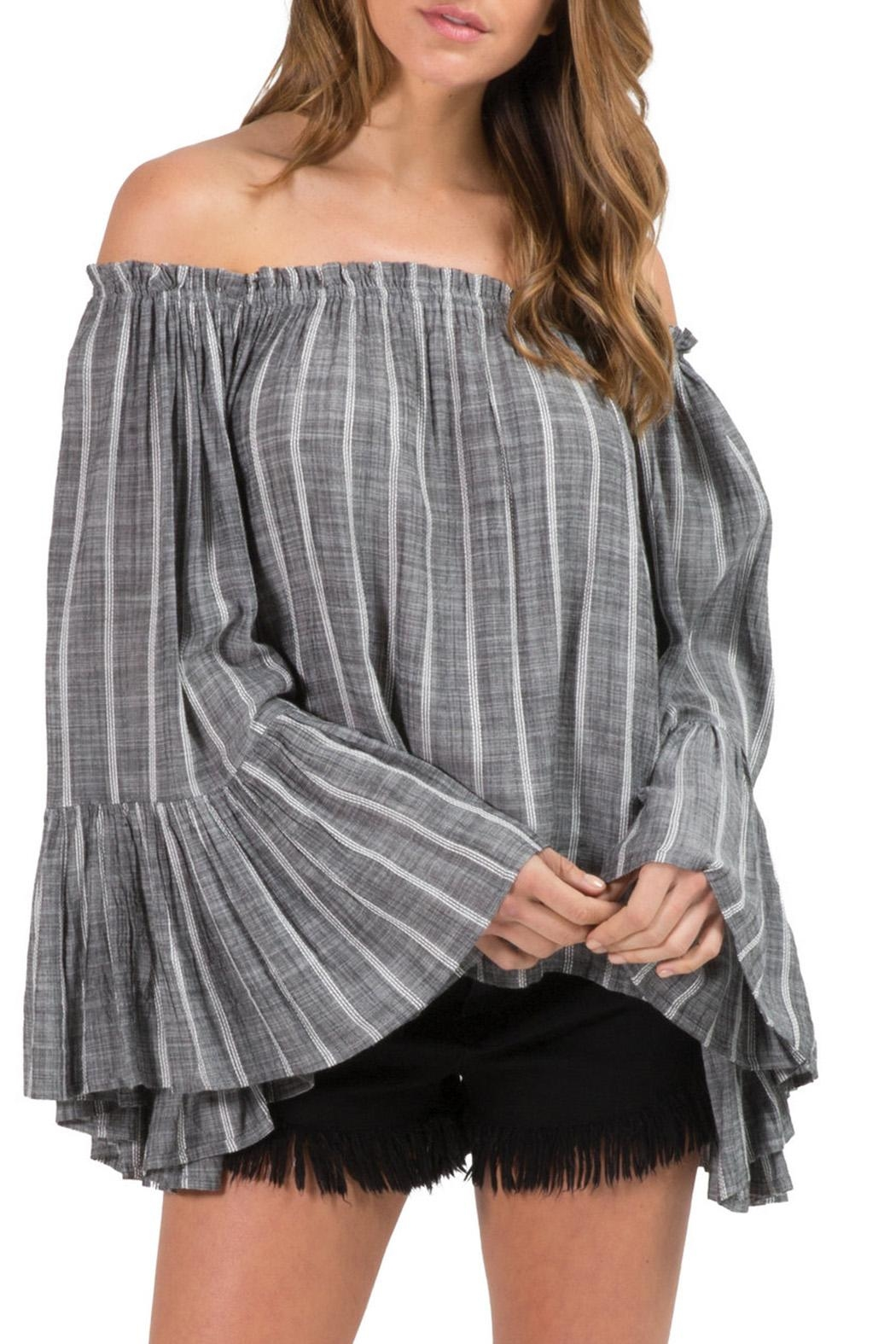 Elan Bell Sleeve Top - Front Cropped Image