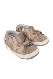 Robeez Bella's Bow Mini Shoes Bronze - Front cropped