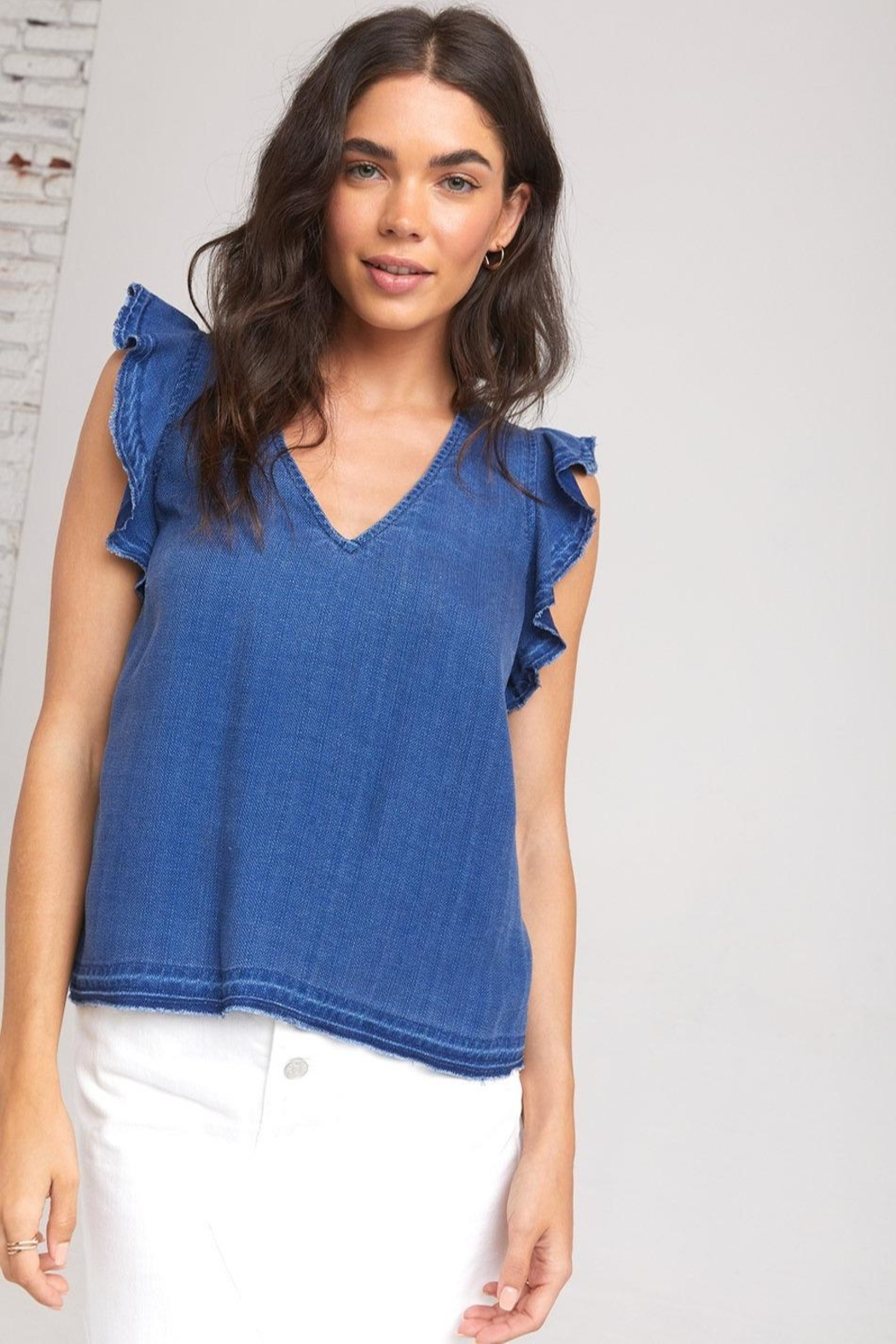 Bella Dahl Dahl Ruffle Top - Front Cropped Image