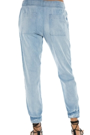 Bella Dahl Poket Jogger - Front full body