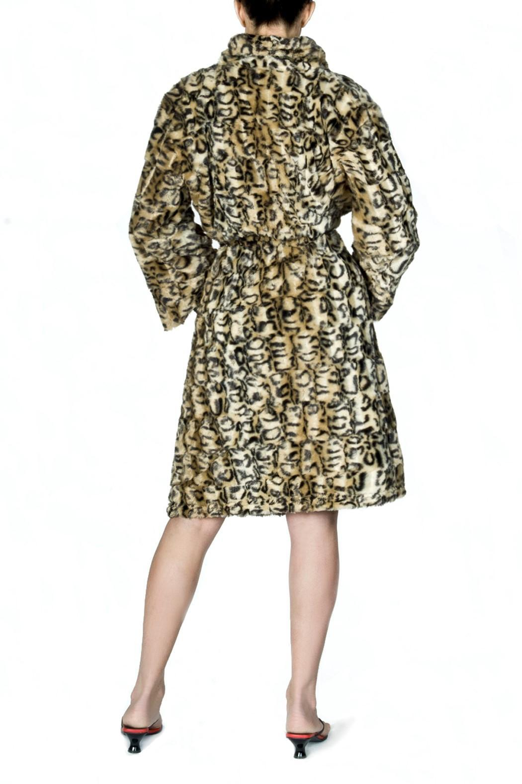 bella Forte Boutique Leopard Robe - Front Full Image