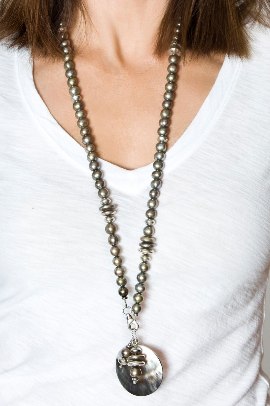 bella Forte Boutique Mauve-Grey Pearls Necklace - Side Cropped Image