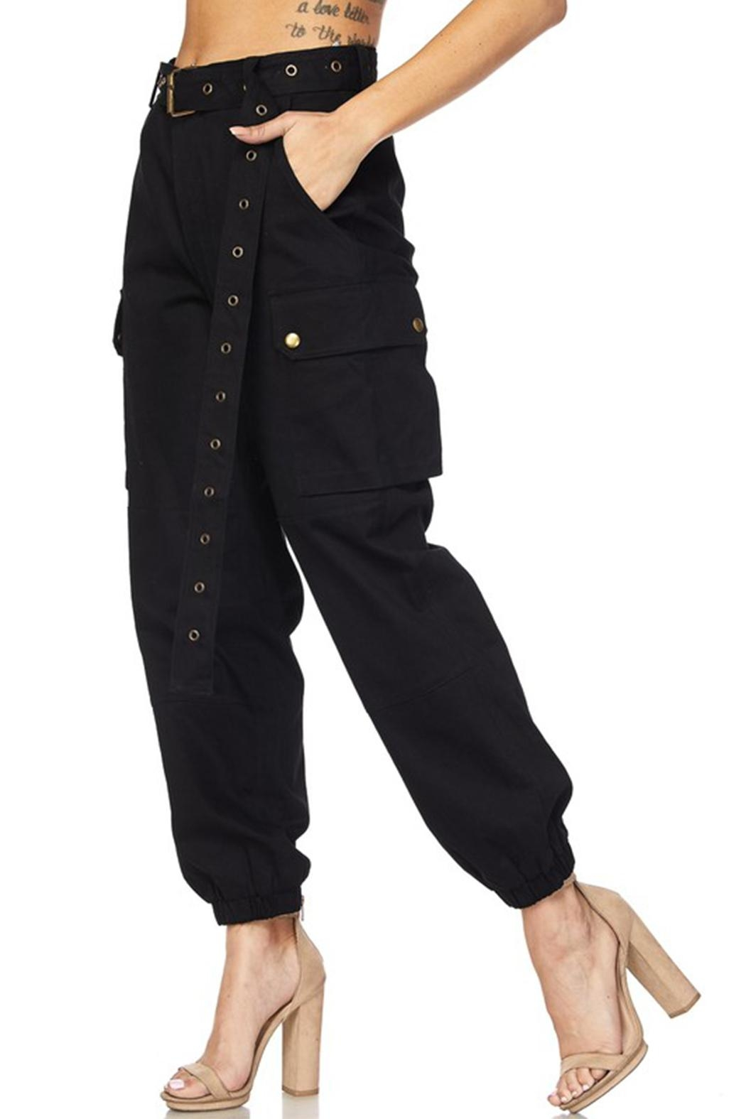 hot and delicious Belted Cargo Pant - Side Cropped Image