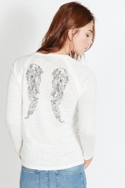 Berenice Wings Tshirt - Front cropped