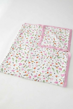 Little Unicorn Berry Bloom Quilt - Alternate List Image