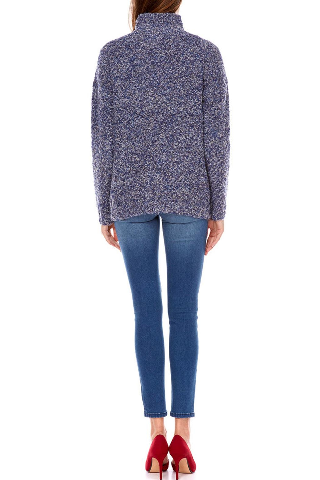 Best Mountain Montant Sweater - Side Cropped Image