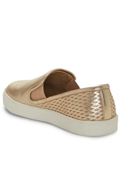 Vince Camuto Bestina Vincent Camuto - Side cropped