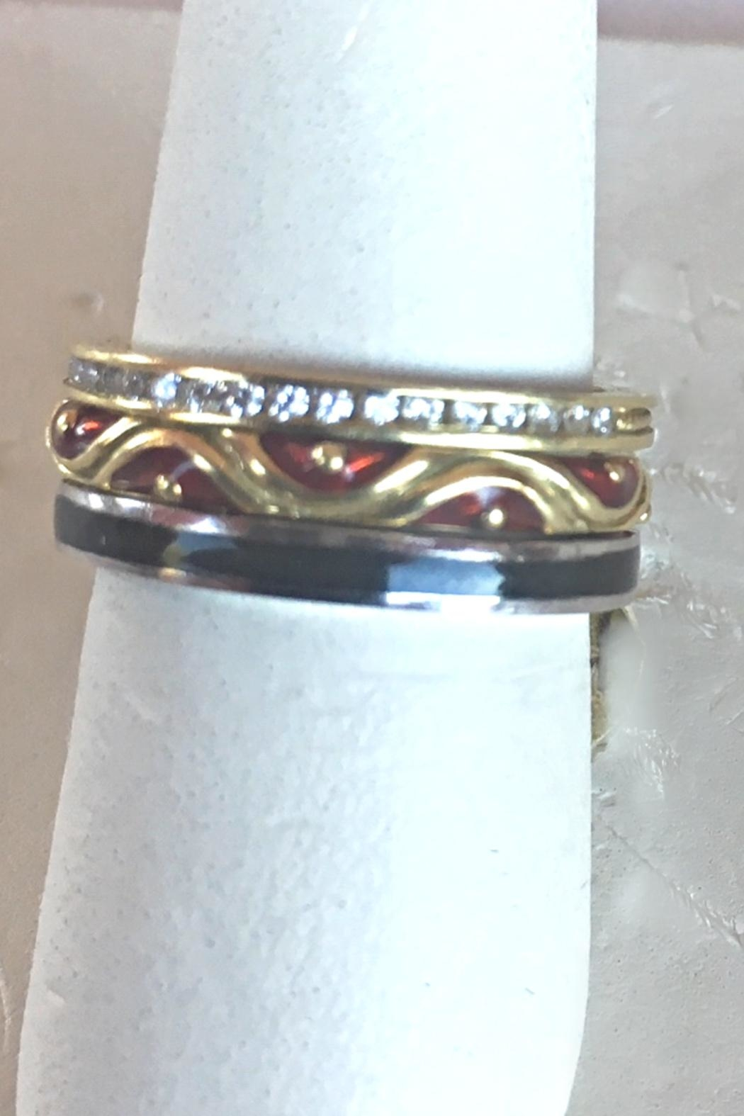 Beth Friedman Hidalgo 18 Karat Yellow Gold And Red Enamel Stackable Ring - Side Cropped Image