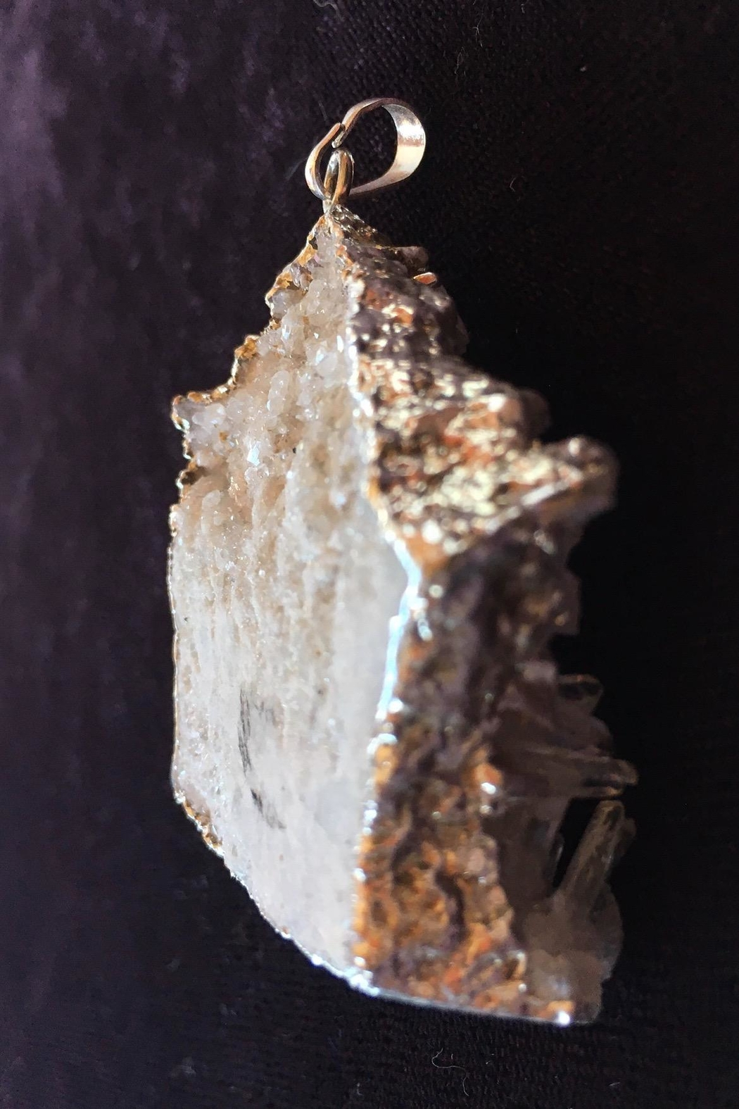 Beth Friedman Quartz Crystals Pendant - Back Cropped Image