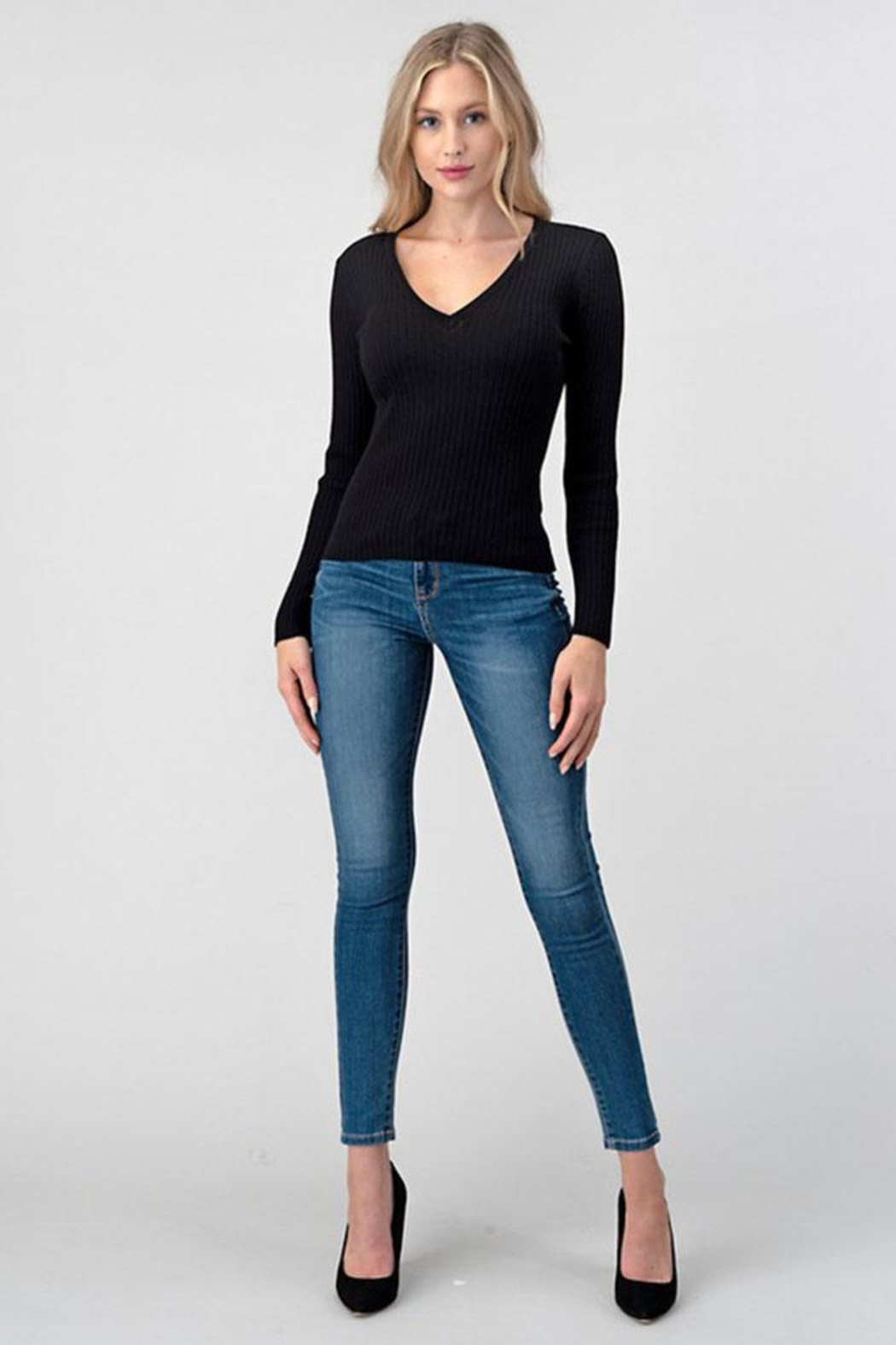 Better Be Ribbed V-Neck Top - Front Cropped Image