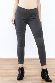 beulah Black Ankle Leggings - Product Mini Image