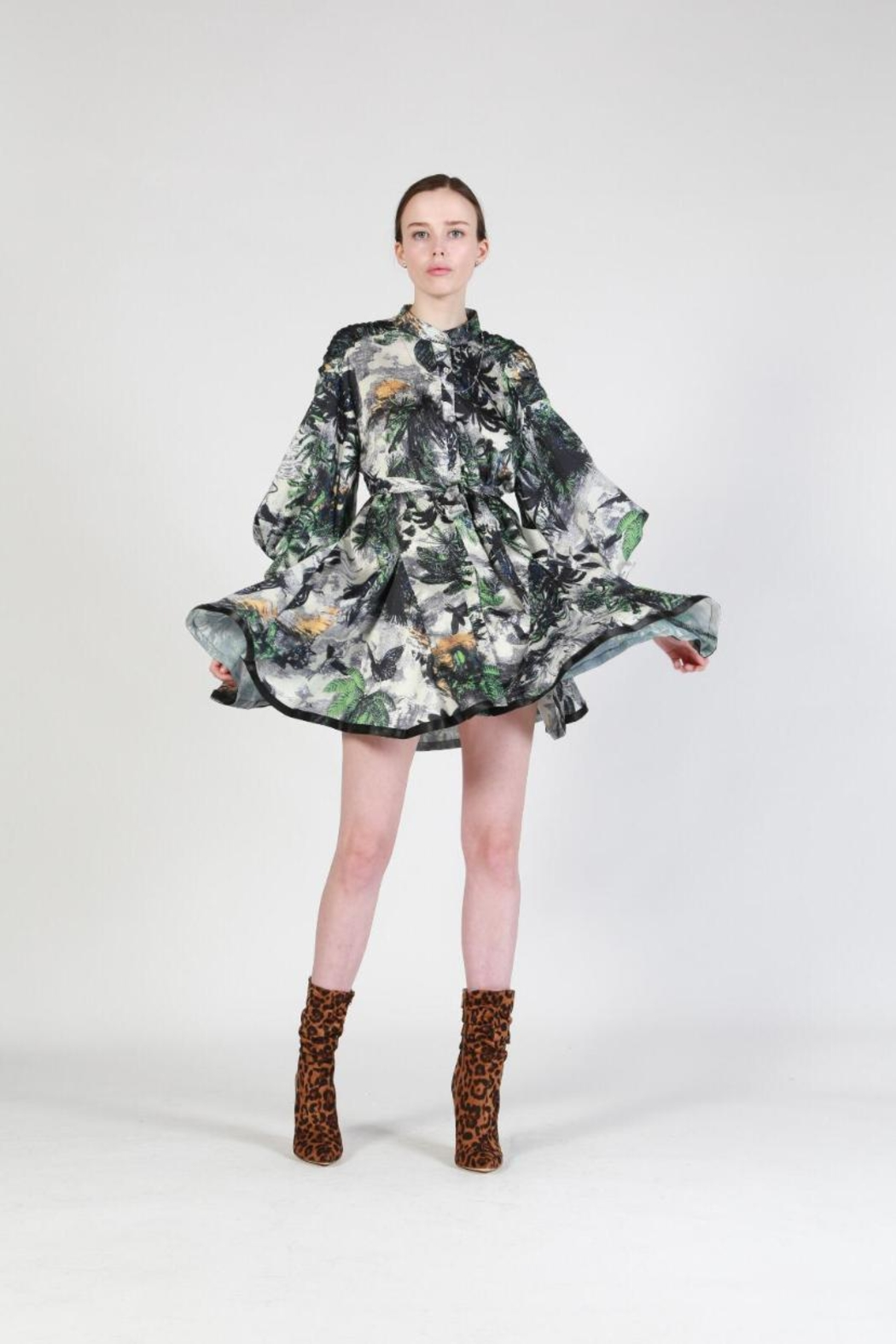 beulah Floral Button-Down Dress - Front Cropped Image