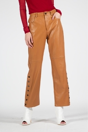 BEULAH STYLE Camel Leather Pants - Side cropped