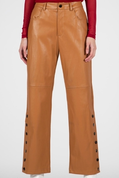 BEULAH STYLE Camel Leather Pants - Alternate List Image