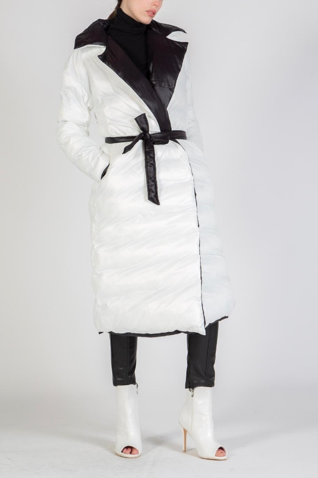 BEULAH STYLE Reversible Puffer Coat - Back Cropped Image