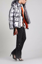 BEULAH STYLE Silver Puffy Jacket - Side cropped