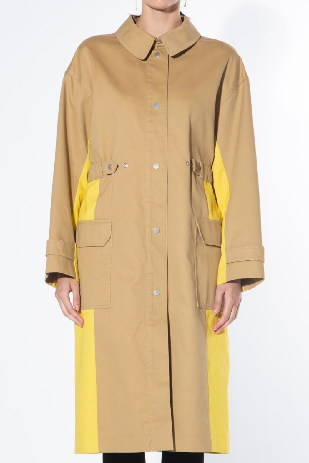 BEULAH STYLE Two Tone Trench Coat - Front Full Image