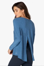 Beyond Yoga Draw The Line Pullover - Side cropped