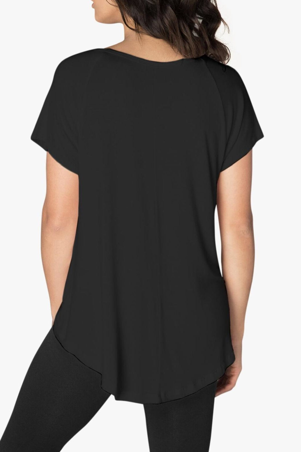Beyond Yoga High-Low Tee - Back Cropped Image