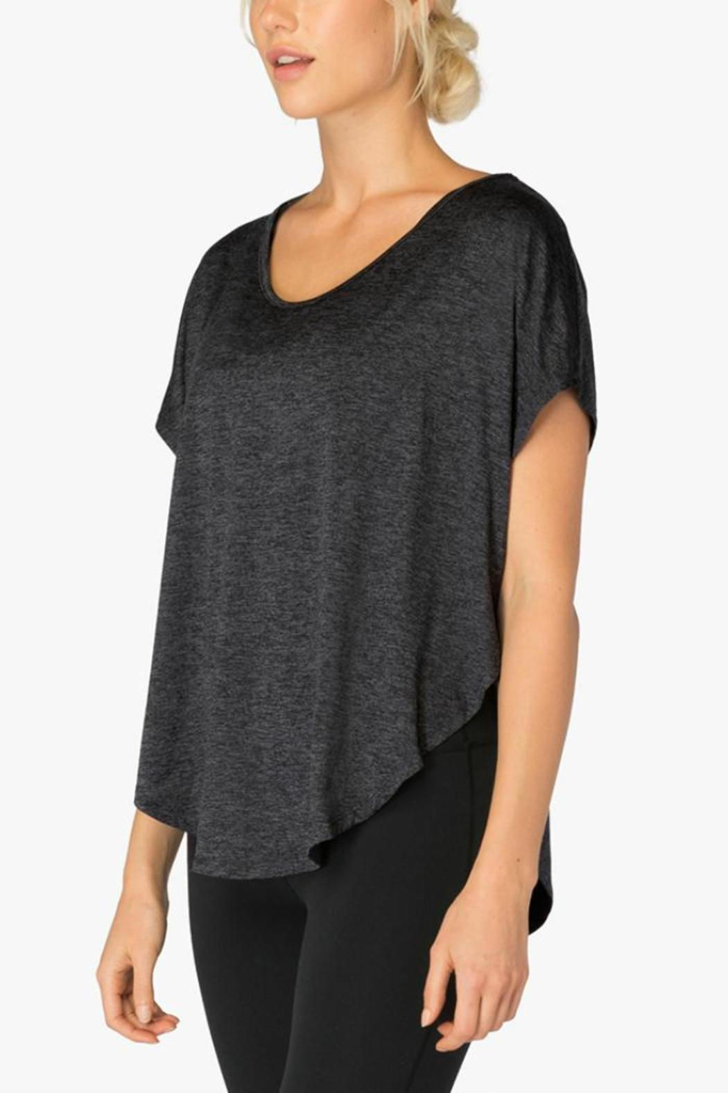 Beyond Yoga Leading Lightweight Tee - Side Cropped Image