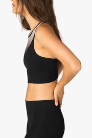 Beyond Yoga Ommmbre Mesh Bra - Side cropped