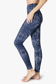 Beyond Yoga Ripple Effect Legging - Front full body