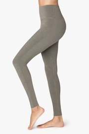 Beyond Yoga Rise Above Legging - Side cropped