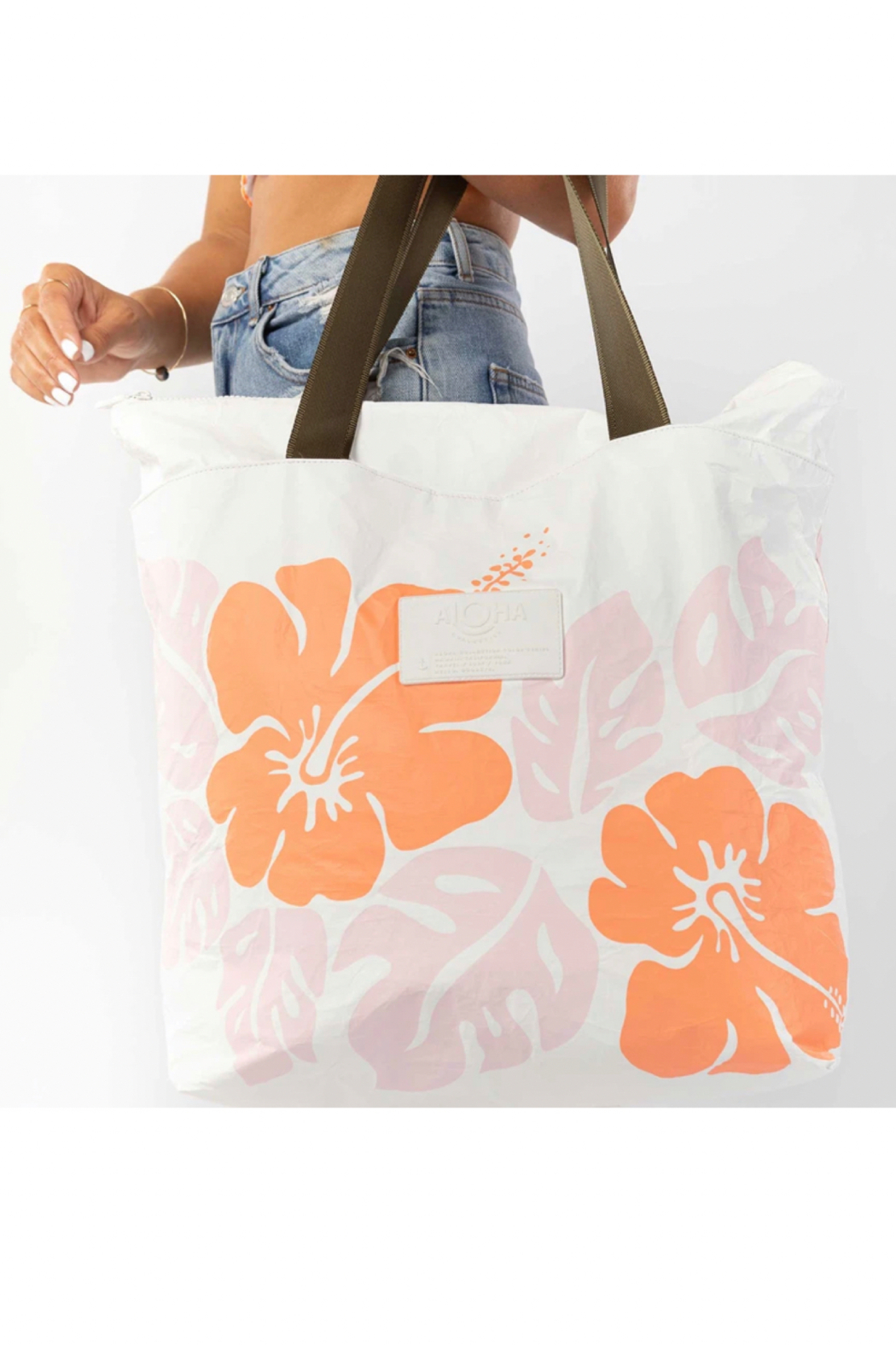 Aloha Collection Big Island Hibiscus Day Tripper - Front Full Image