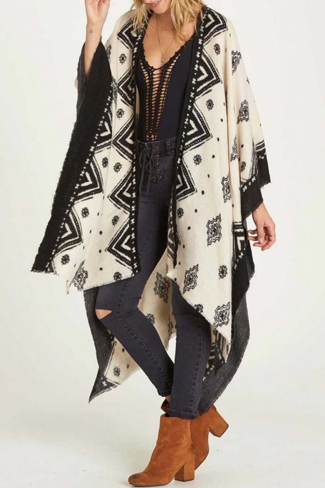 Billabong Cozy Nights Wrap - Side Cropped Image