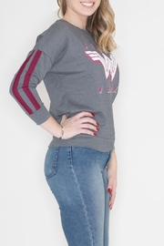 Bioworld Wonder Woman Sweatshirt - Front full body
