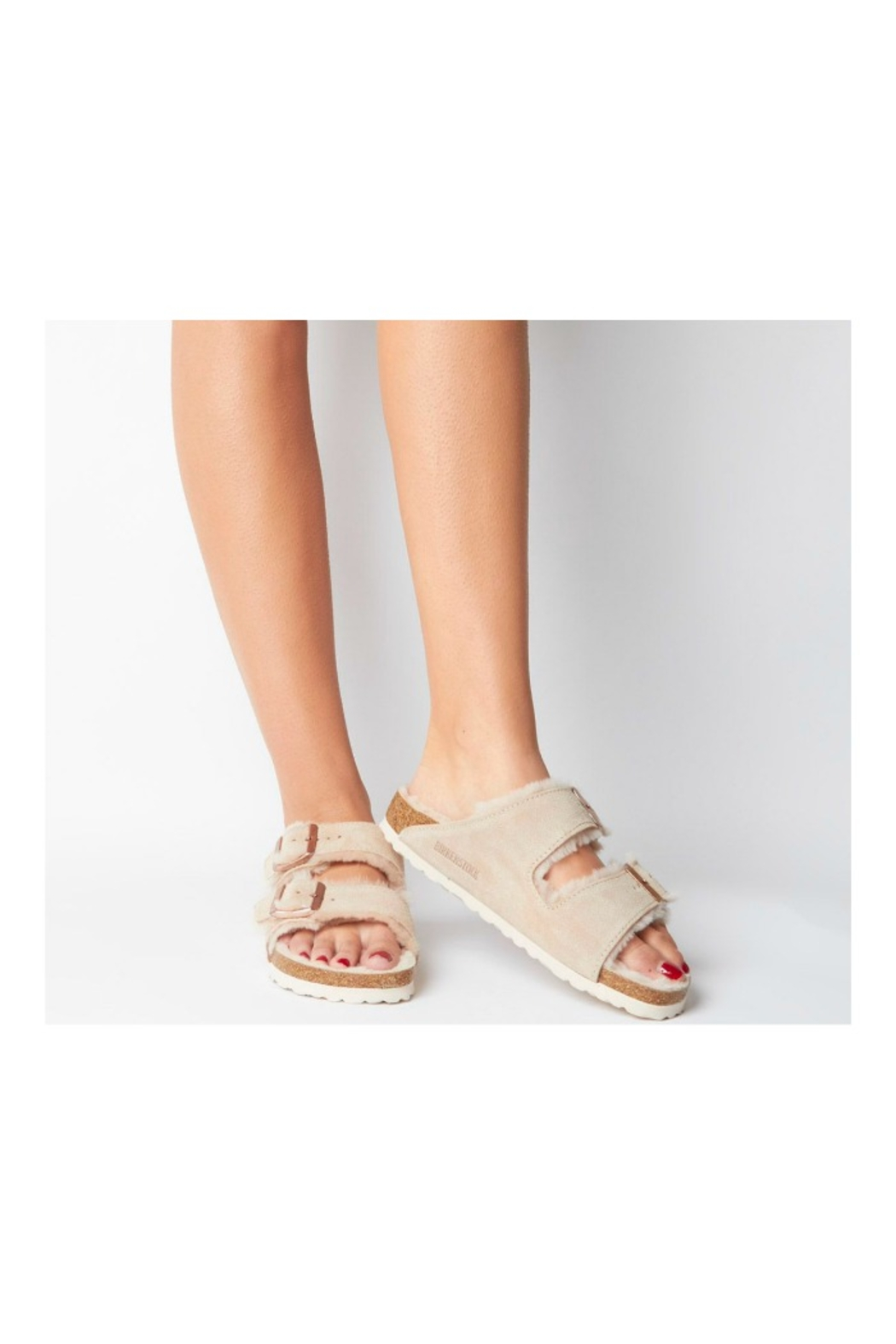 Birkenstock Arizona Shearling - Side Cropped Image