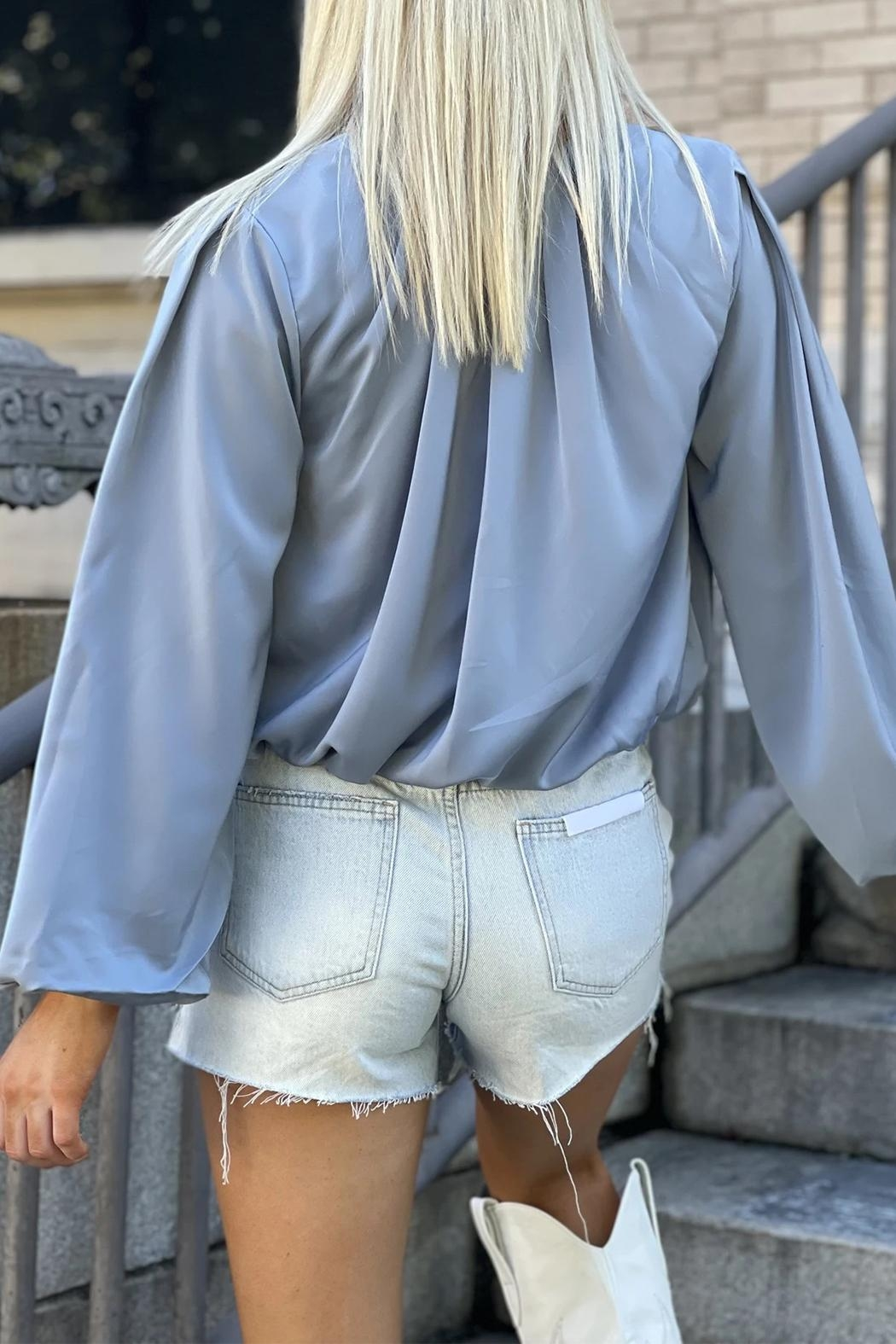 Bishop + Young Boho Bubble-Sleeve Top - Side Cropped Image