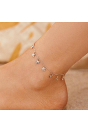 Puravida Bitty Daisies Anklet-Silver - Front cropped