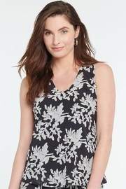 Nic + Zoe  Black and grey leaf pattern tunic top - Product Mini Image