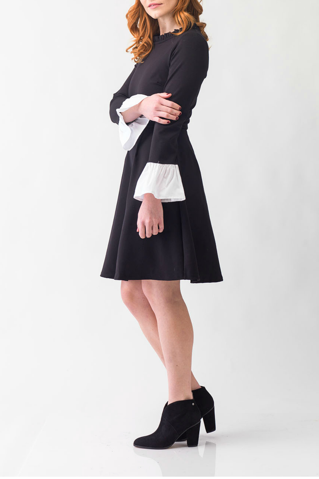 Smak Parlour Black and white dress - Side Cropped Image