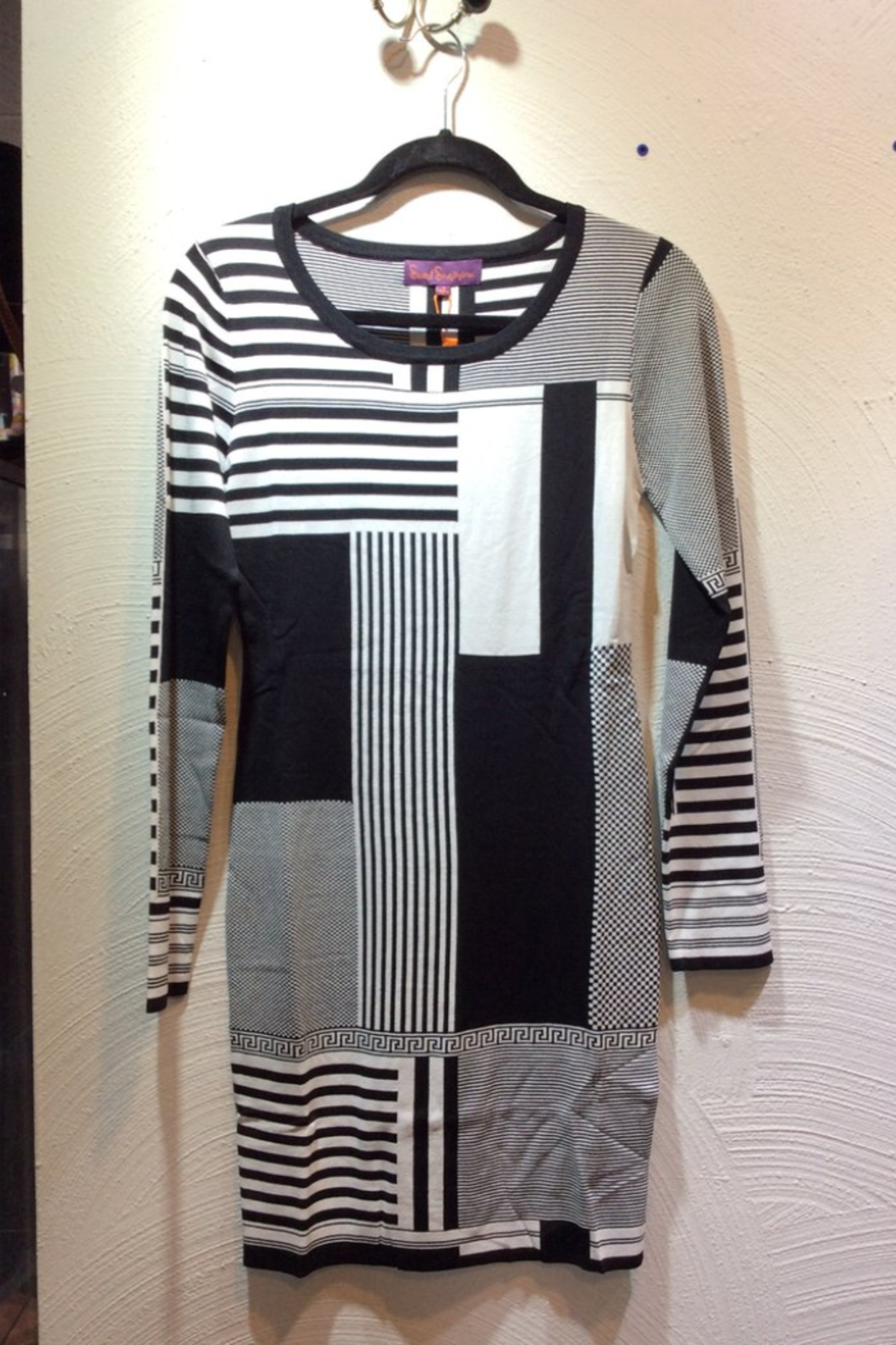 Sweet Sinammon Black and White Geometric Pattern Knit Dress - Front Cropped Image
