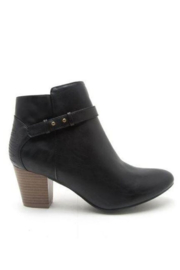 Qupid Black Bootie - Front cropped