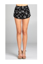 Polly & Esther Black Floral Shorts - Front cropped