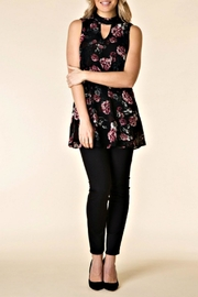 Yest Black Floral Tunic - Front cropped