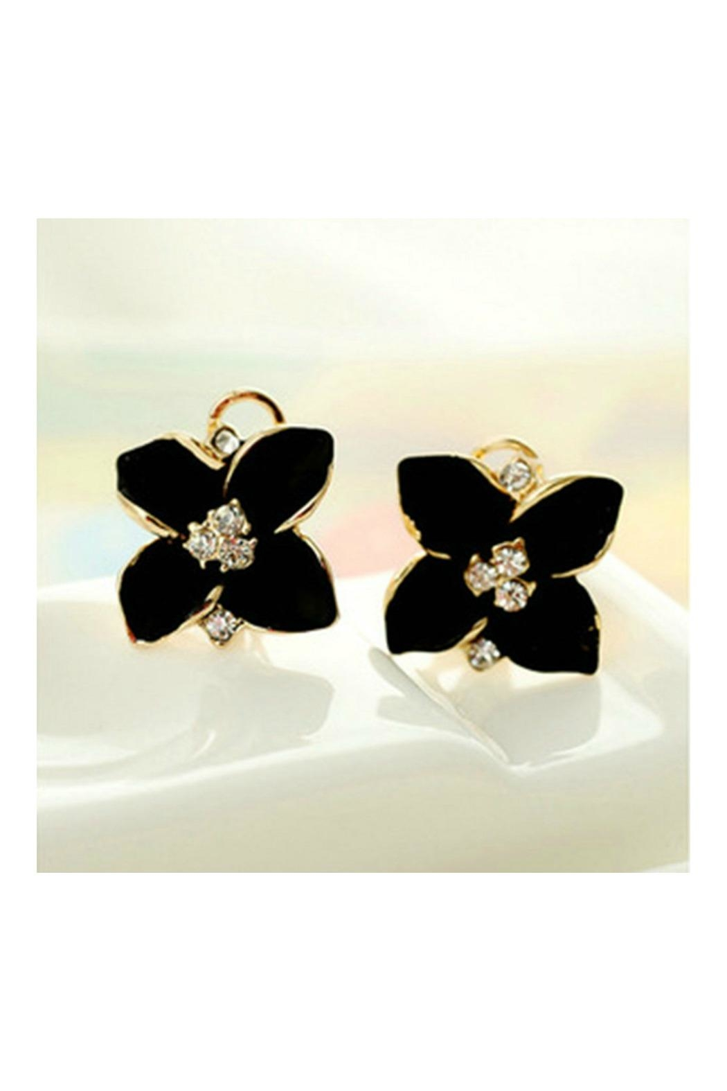 140fce2d86a8 Petunias Black Gardenia Earring from Naples by Petunias of Naples ...