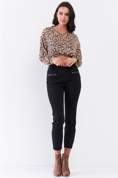 lelis Black High Rise Two Front Sewn Pockets With Zipper Closure Stretchy Pants - Product List Image