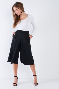 Comme Black High Waisted Front Center Pleated Wide Leg Gaucho Pants - Product List Image